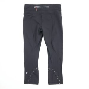 Lululemon Capri Run Inspire Leggings Dots SZ 6